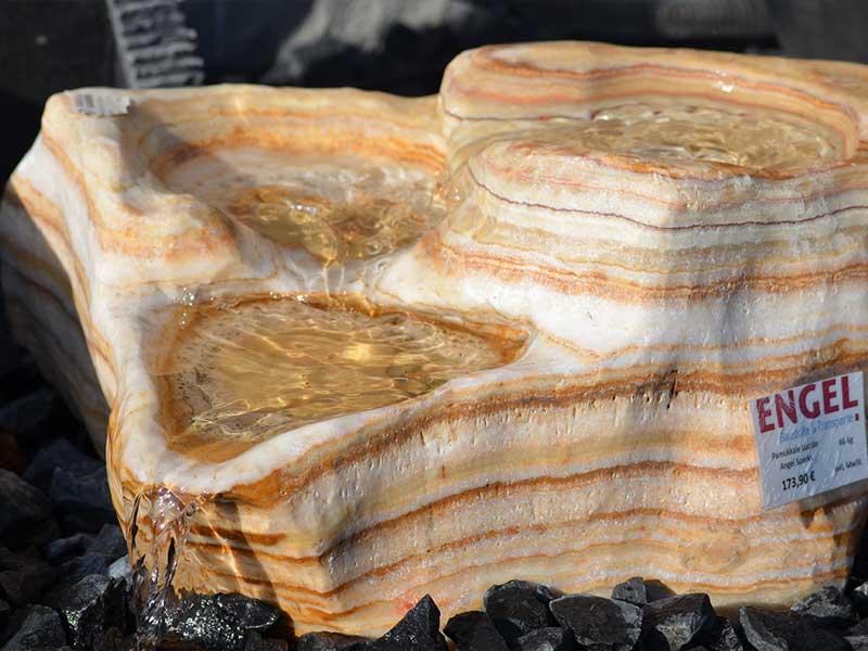 natursteine brunnen wasserspiele 2
