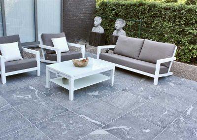 terrassenbelaege-feinsteinzeug-platten