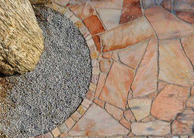 terrassenbelaege-natursteinplatten